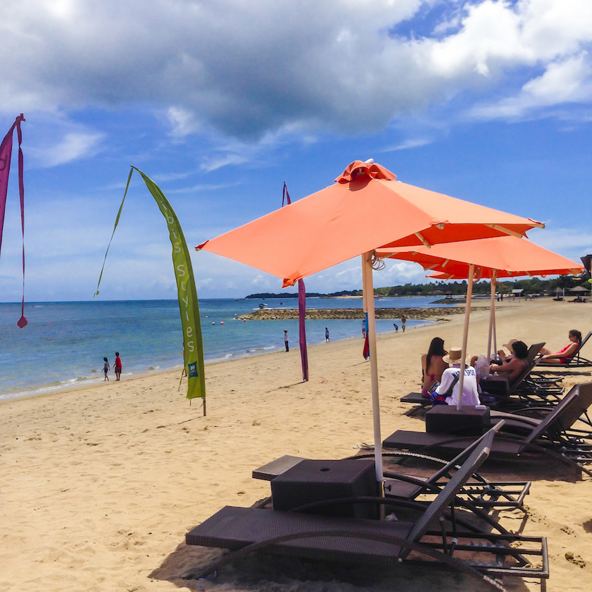 Tanjung Benoa beach chairs