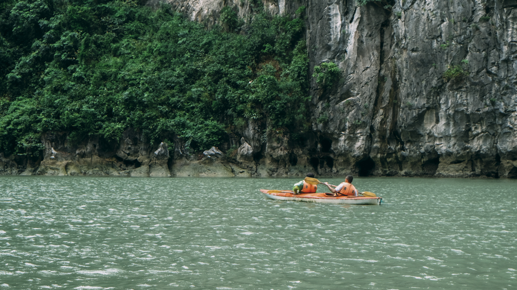 Kayaking Ha Long Bay